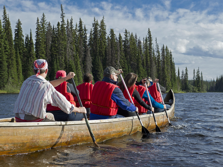 Voyageur Canoe Tours Sun Peaks Resort