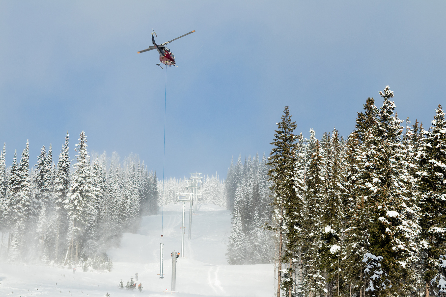 Heli Installing Towers for the Orient Chairlift