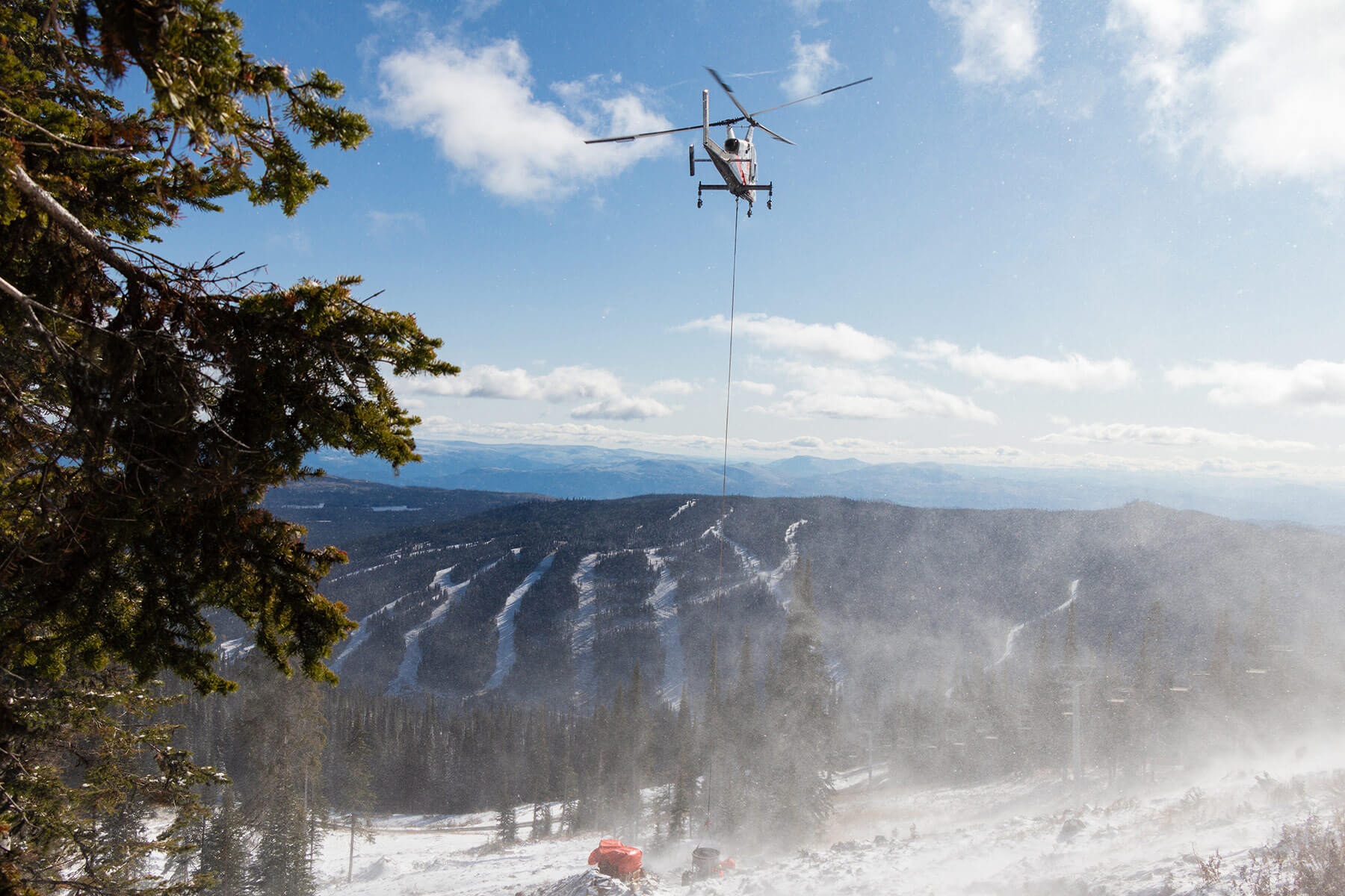 Construction of the New Crystal Chairlift at Sun Peaks Resort