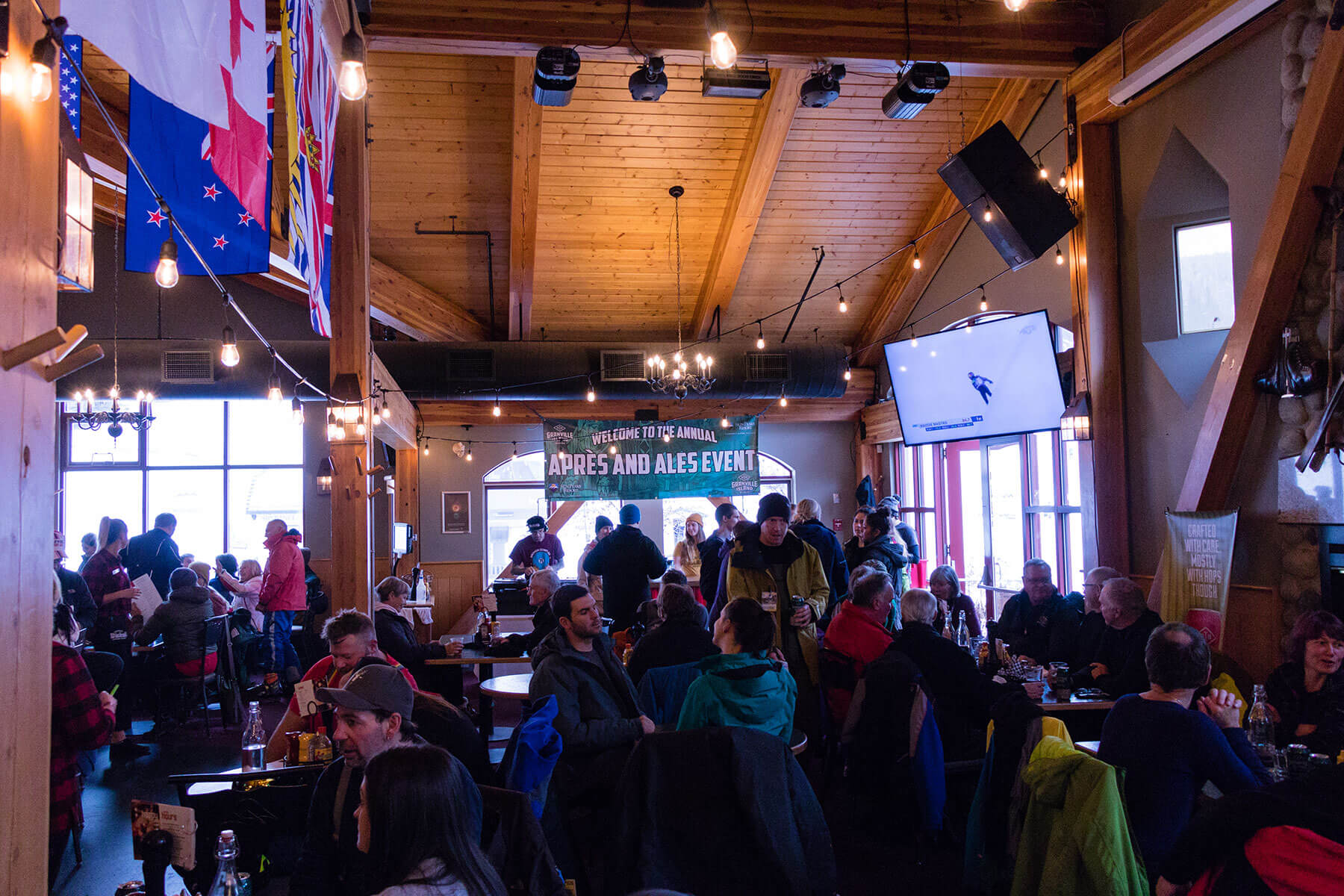 Masa's Bar + Grill at Sun Peaks Resort