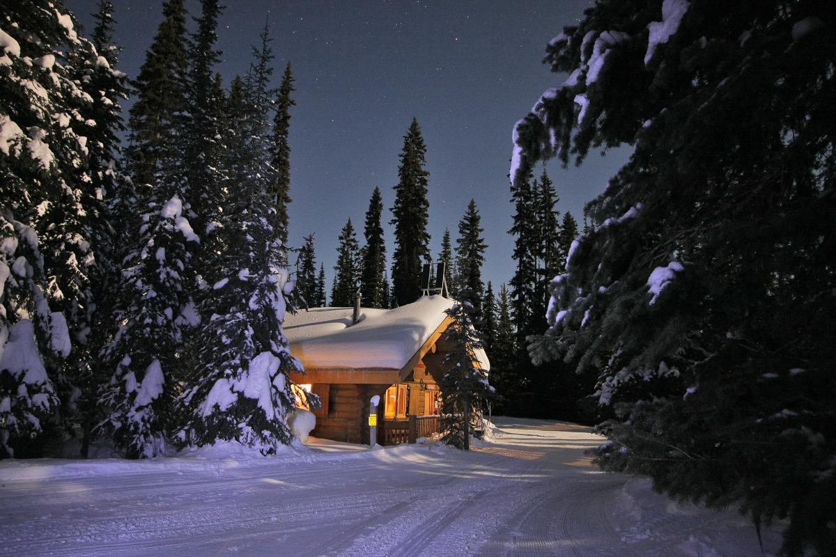 Starlight Nordic Ski Adventure to McGillivray Lake