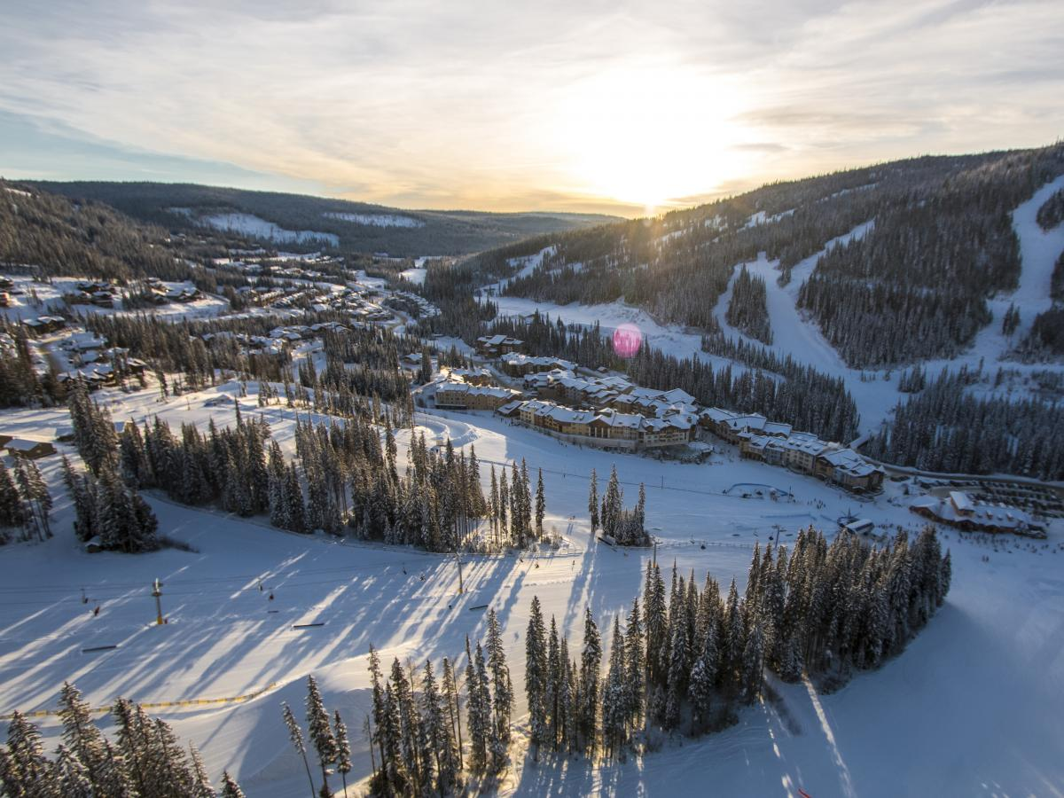 sun peaks resort Sun peaks hotel deals: find great deals from hundreds of websites, and book the right hotel using tripadvisor's 8,175 reviews of sun peaks hotels.