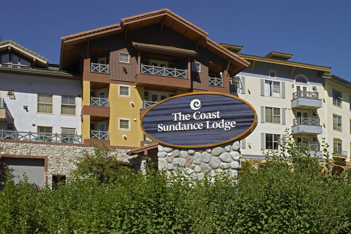 Coast Sundance Lodge Summer
