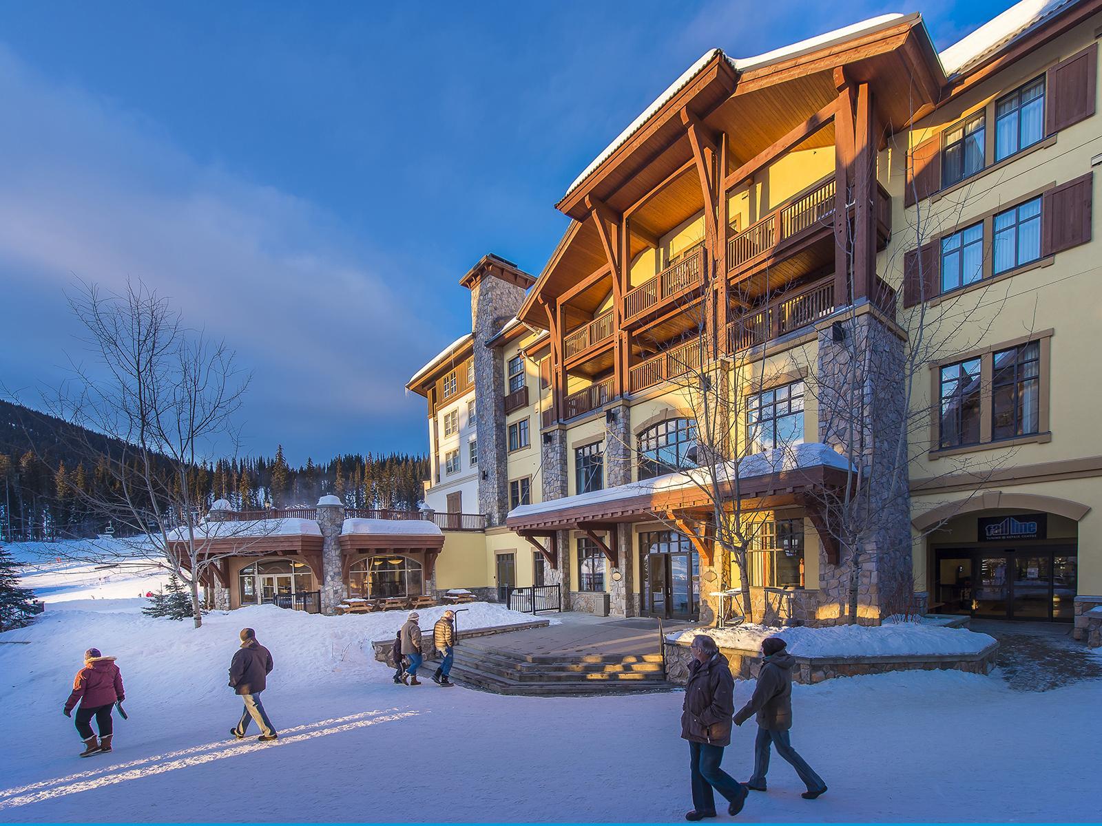 Sun Peaks Resort Hotels