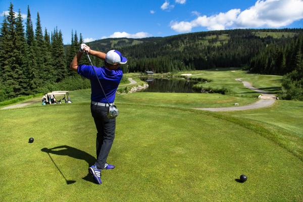 5 Reasons to Tee Off in Sun Peaks This Summer