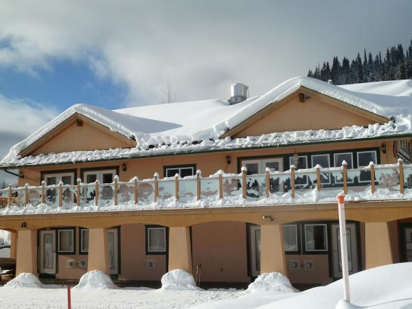 Specialty lodging sun peaks resort for Specialty hotels
